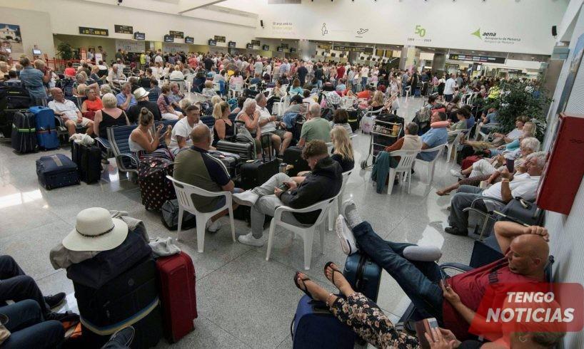 El colapso de Thomas Cook golpea a los turistas en las Islas Baleares y Canarias de España 1