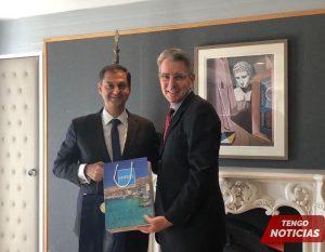 Grecia quiere mejorar sus relaciones turísticas con Estados Unidos