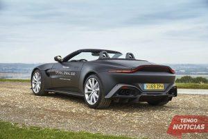 Aston Martin muestra las primeras imágenes del Vantage Roadster 4