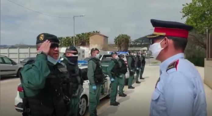 VÍDEO: Emotivo homenaje de la Guardia Civil a los Mossos por su compañero fallecido 1