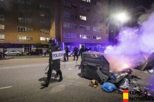 Disturbios en Gamonal para reverlarse contra las restricciones del COVID