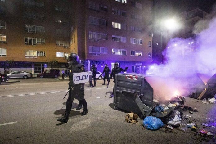 Disturbios en Gamonal para reverlarse contra las restricciones del COVID 1