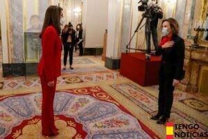 Los partidos independentistas dejan plantada a la Reina en el homenaje a Clara Campoamor