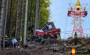 Un accidente de teleférico deja 14 fallecidos en Italia
